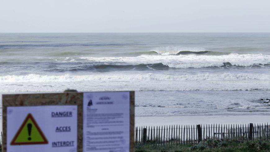 Des plages sont fermées sur le littoral girondin.