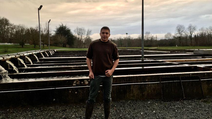 Louis Retaud va reprendre la pisciculture de la Gabrière. Mais il y travaille déjà depuis plusieurs années. Et son constat est clair : la situation est catastrophique.