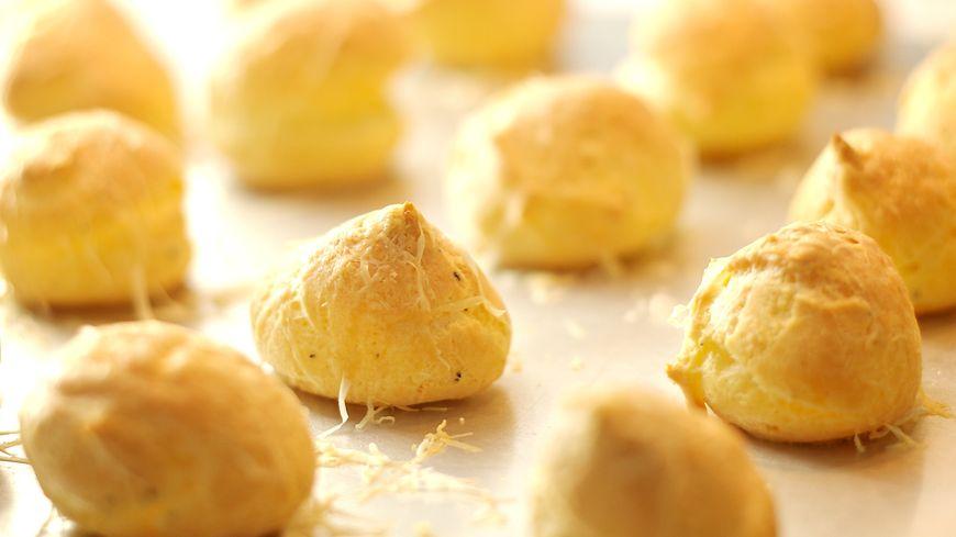 Les gougères, spécialités bourguignonnes à base de pâte à choux