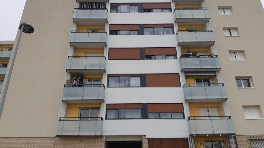 """Camélia habitait au 4ee étage de cet immeuble dans le quartier """"Les pins"""""""