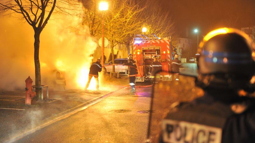 Intensification de la violence contre les pompiers : les propositions du Sénat.