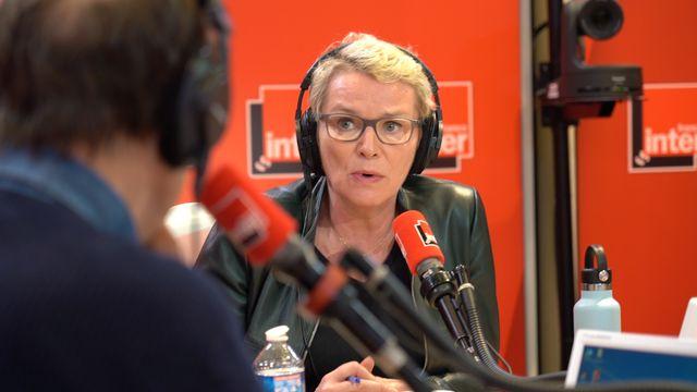 Élise Lucet, journaliste à France Télévisions