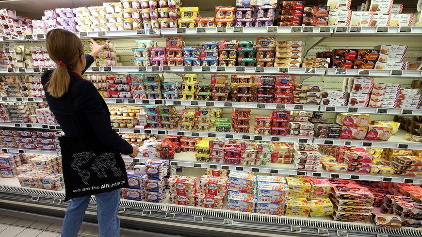 Les produits sont vendus dans les magasins Auchan et Carrefour.