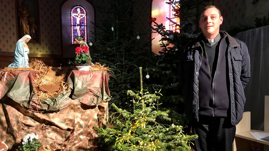 Le Père Jean-Pierre Barrière va célébrer six messes en moins de 24 heures.