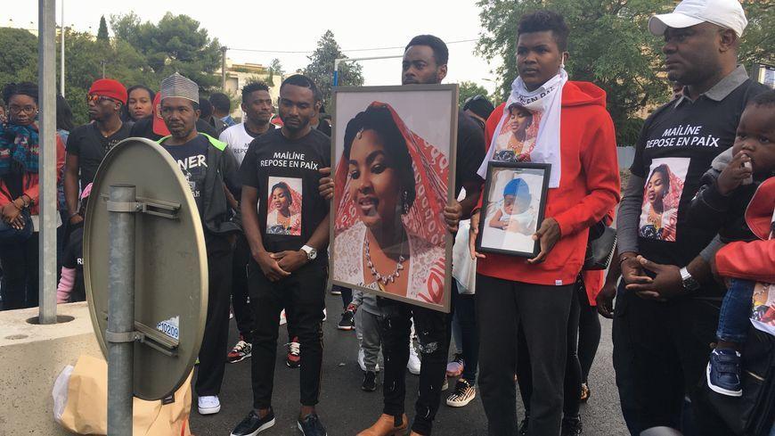 Mailine, 23 ans, était enceinte de 8 mois quand elle est morte, fauchée par une voiture à Montpellier. Sa famille lui a rendu hommage lors d'une marche blanche