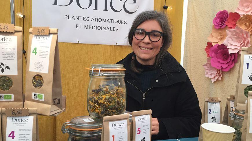 Dorothée Lacouturière commercialise ses cultures sous la marque  Dorice .