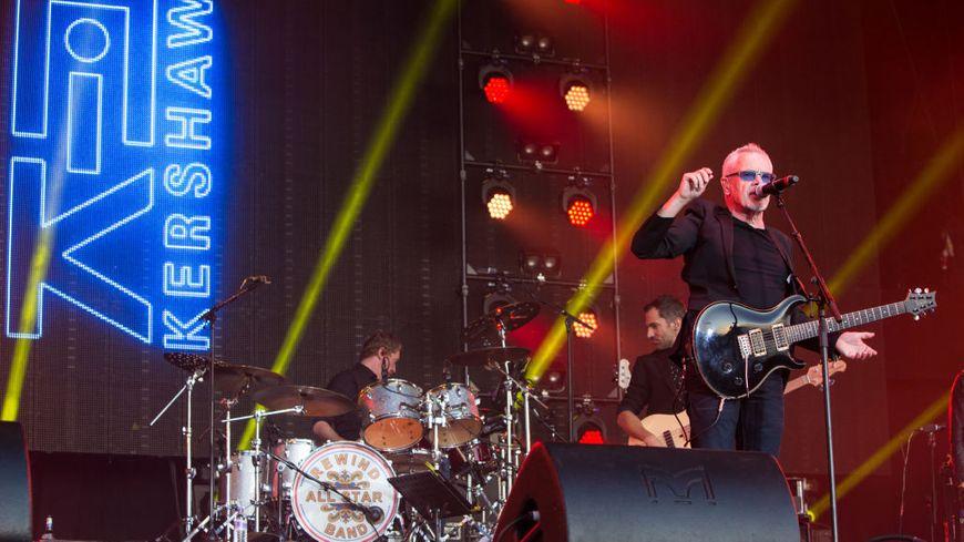 Nik Kershaw au Rewind Festival en août 2017 à Henley-on-Thames, Angleterre.