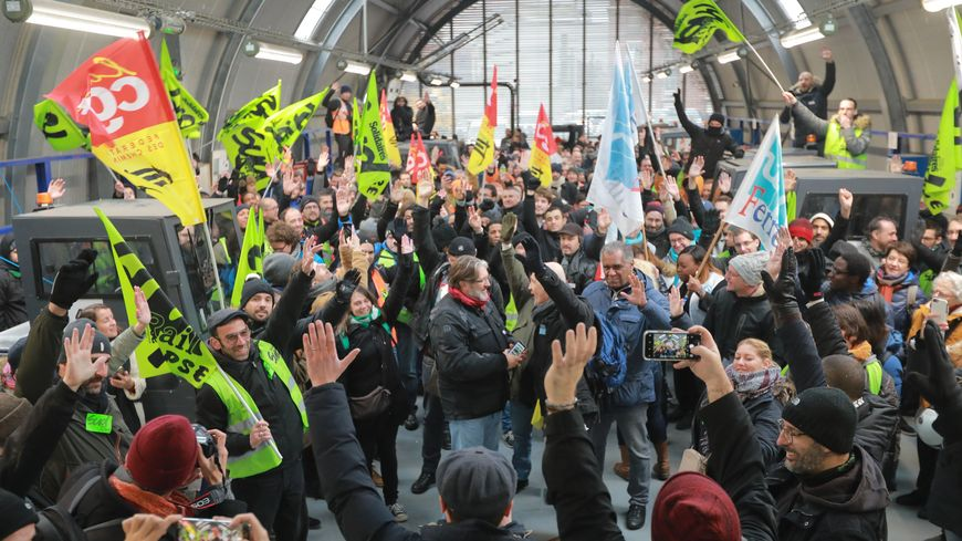 piquet de grève gare de Lyon
