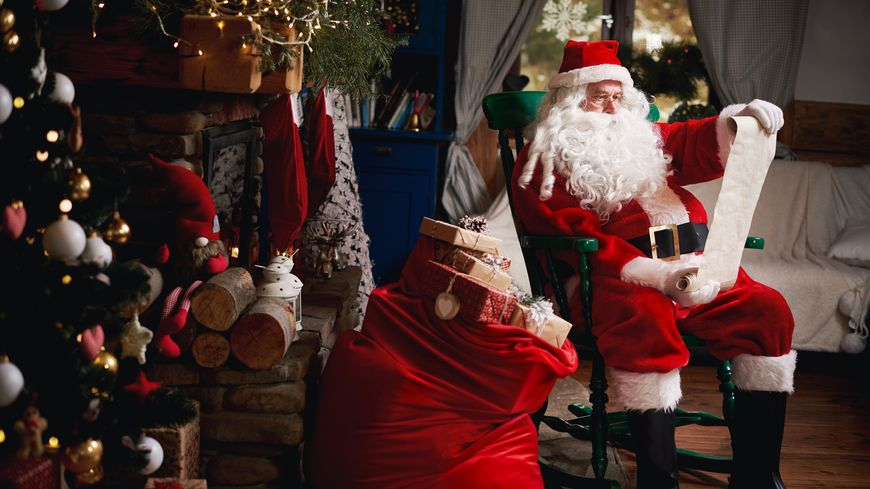 Le Père-Noël en plein travail