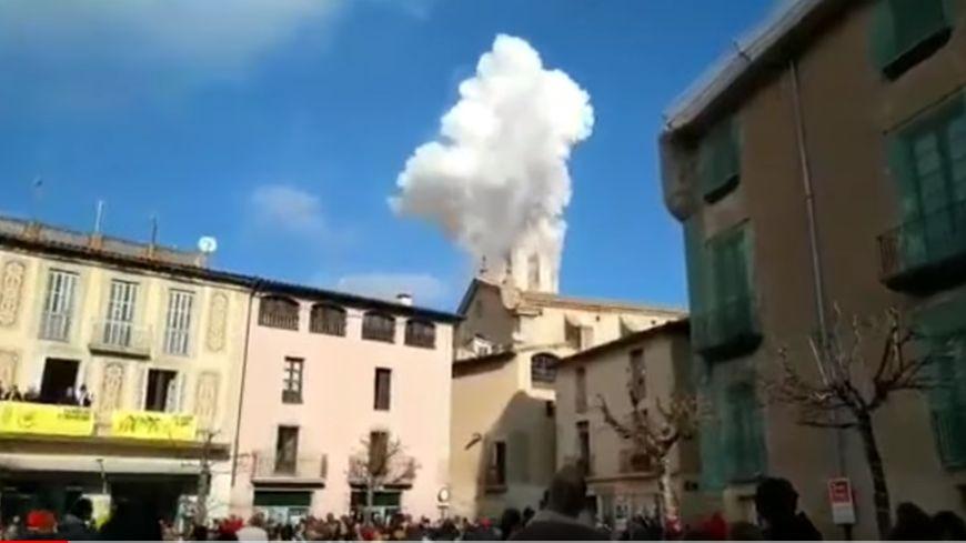L'explosion, très impressionnante a surpris les habitants en pleine fête