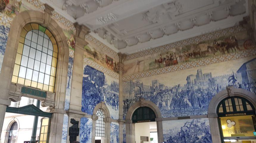 La gare de Sao Bento à Porto