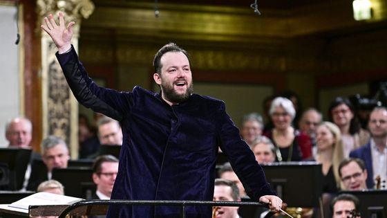 Le chef Andris Nelsons à la tête de l'Orchestre philharmonique de Vienne pour le Concert du Nouvel An 2020