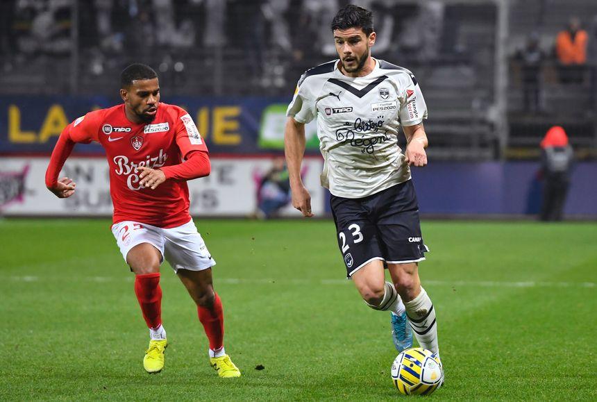 Loris Benito en action lors du match de mercredi en coupe de la Ligue.