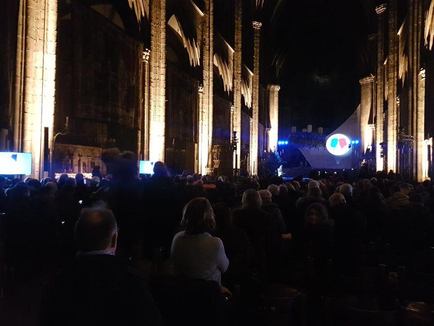 La cérémonie en hommage aux victimes de l'attentat de Strasbourg a lieu à la cathédrale