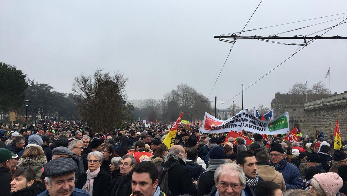 DIRECT - Grève du 5 décembre : la mobilisation en Loire-Atlantique et en Vendée