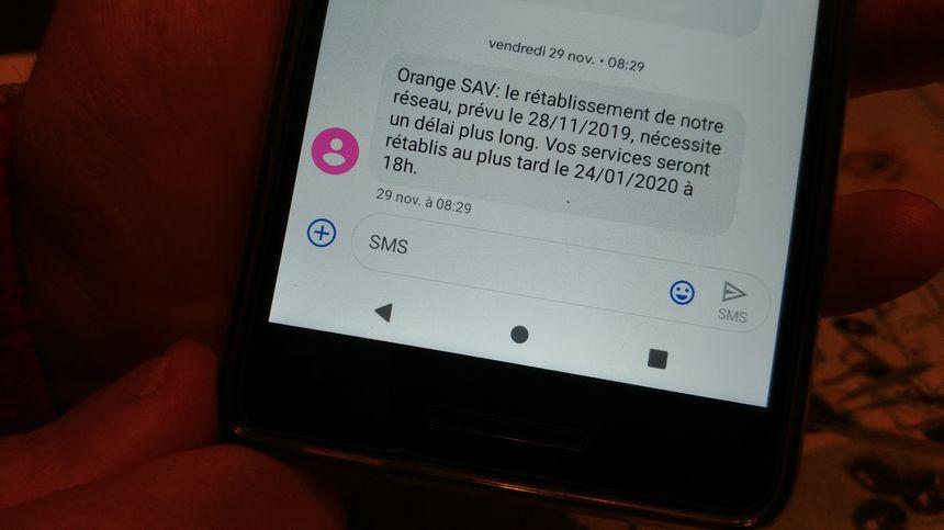 Le SMS reçu par Gérard Vassy concernant la ligne fixe de sa mère le 29 novembre dernier.