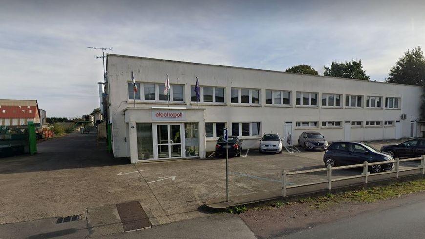 L'usine Electropoli d'Isigny-le-Buat est spécialisée dans le traitement de surfaces métalliques.