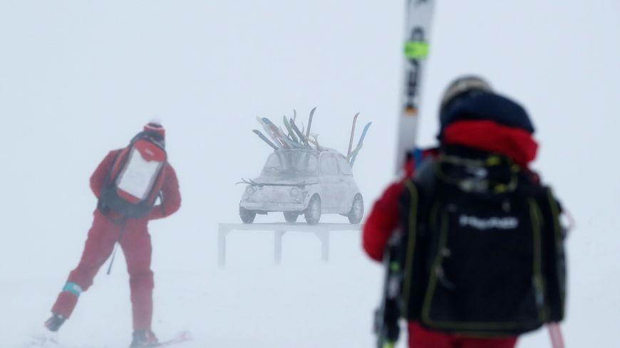 La neige et le vent ont eu raison des épreuves de ski alpin ce weekend à Val d'Isère