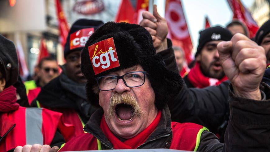 L'intersyndicale réfléchit déjà à de nouvelles journées de mobilisation contre la réforme des retraites la semaine prochaine.