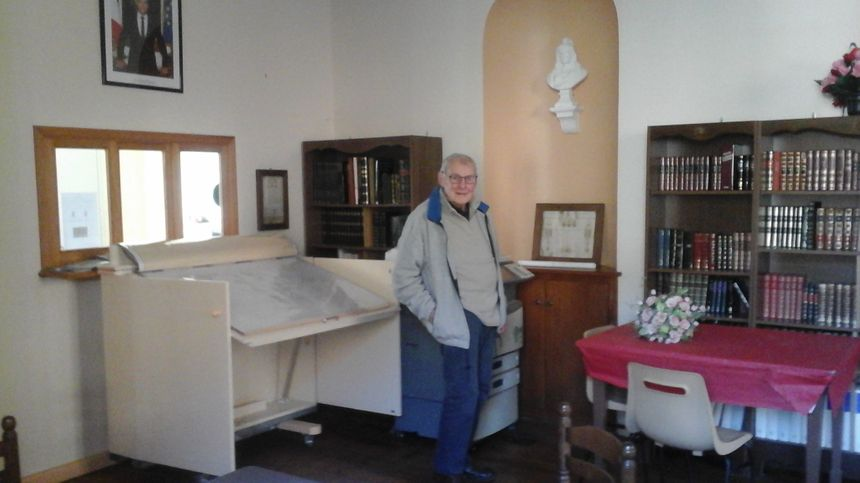 Pour Jean-Claude Tachet (dans l'ancienne mairie de Miellin), aucun doute : c'est grâce à la chapelle de Miellin que Servance sera Plus Beau Village de Franche-Comté 2020 !