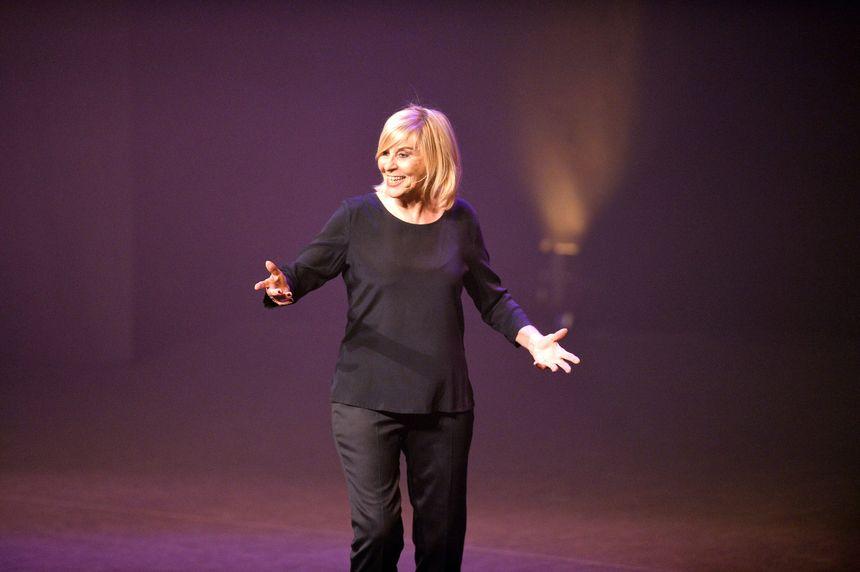 Festival des Arts Burlesques 26/02/19 -Chantal Ladesou, humoriste sur la scène du Palais des Congrès