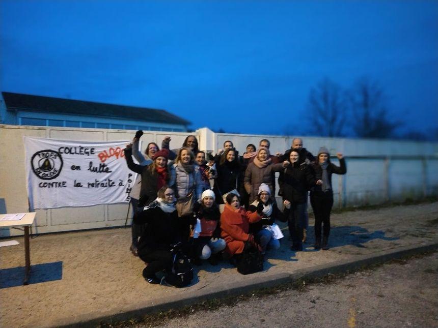 Les enseignants mobilisés du collège Canterane de Castelnau de Médoc