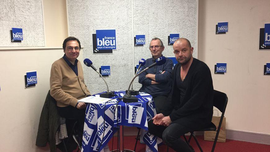Jean-Marc-Grangier, Pierre Kudlak (fondateur) et Benoit Schick (compositeur) dans le studio de France Bleu
