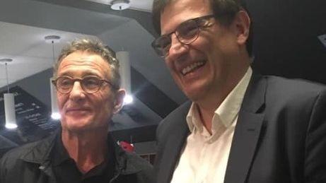 Guy Novès, souriant aux côtés de Florian Grill