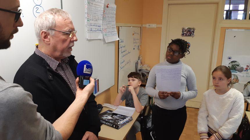 Les élèves de CM2 de Pont-sur-Yonne ont interrogé l'adjoint au maire Michel Joly au sujet des déchets dans la nature