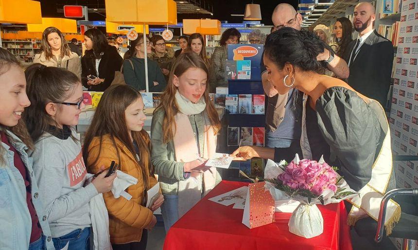 De nombreux enfants ont supplié leurs parents de les emmener rencontrer Miss France 2020 à Trélissac