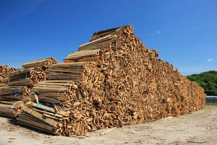 Les produits du groupe sont fabriqués à l'aide de déchets de bois des scieries près de l'usine