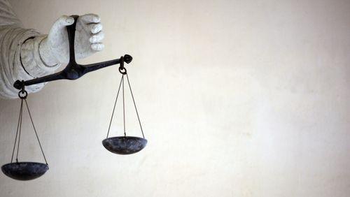 La justice libère un criminel parce qu'il attend son procès en appel depuis trop longtemps