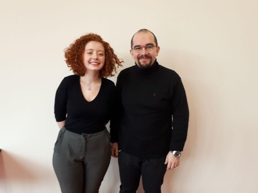 Pauline Detchessahar avec son professeur du lycée l'Assomption Erwan Fournis