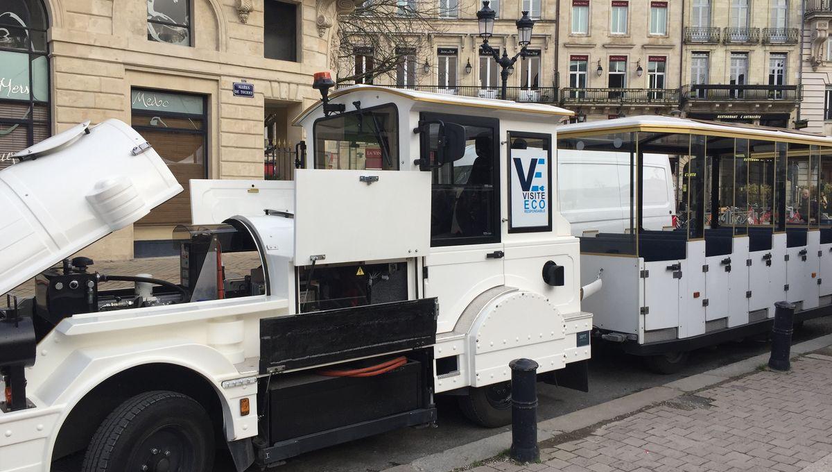 Bordeaux : les petits trains touristiques passent au vert