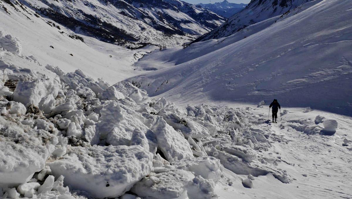 Attention aux risques de départ d'avalanche déclenchée par des skieurs en Isère