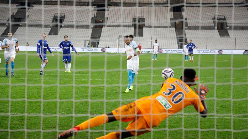 Bingourou Kamara devrait garder les cages strasbourgeoises ce mercredi au Vélodrome, comme lors de la victoire du Racing en Coupe de la Ligue en décembre 2018