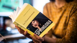 """Le livre """"Le Consentement"""", de Vanessa Springora, revient sur sa relation avec l'écrivain Gabriel Matzneff"""