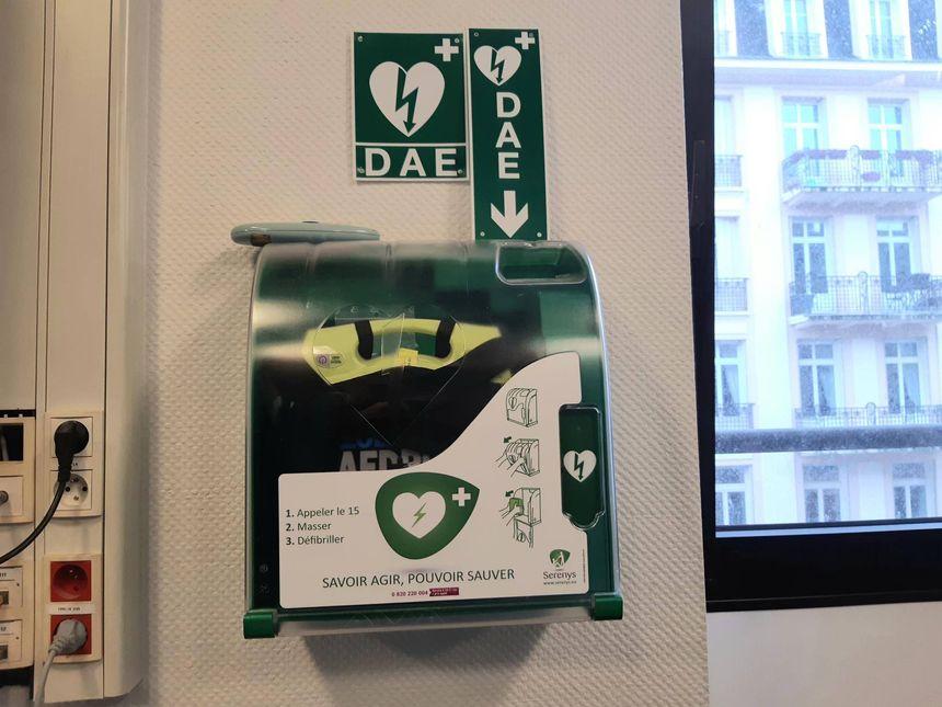 Géo'DAE sera la première base de données sur les défibrillateurs disponibles dans les lieux accueillant du public
