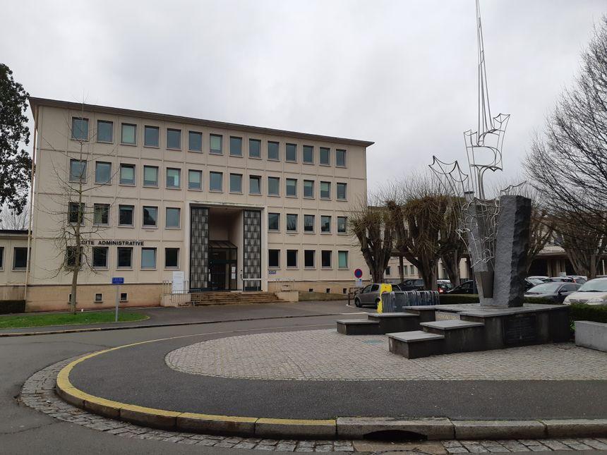 Le service étrangers de la préfecture prendra ses quartiers dans le hall A de la cité administrative