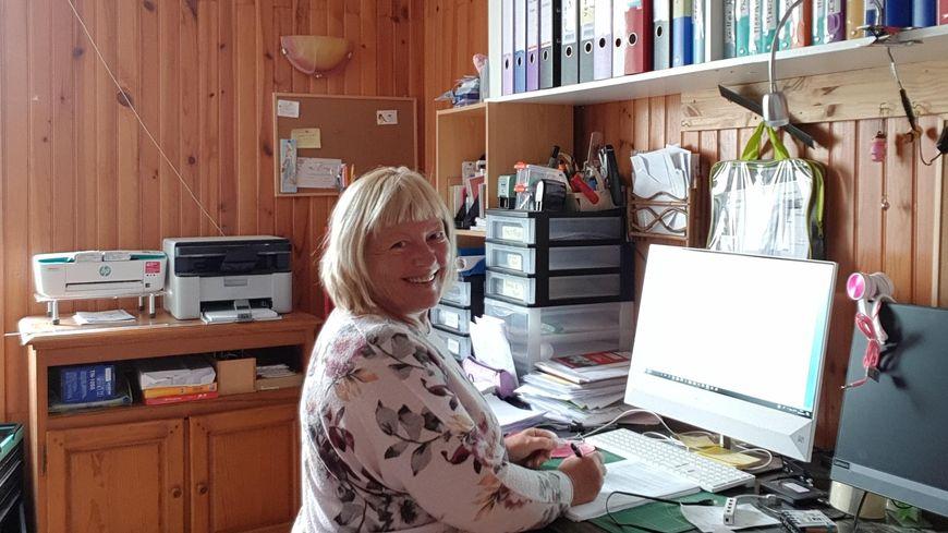 Monique Mouxaux des éditions de l'Auguste à AUbagnan.