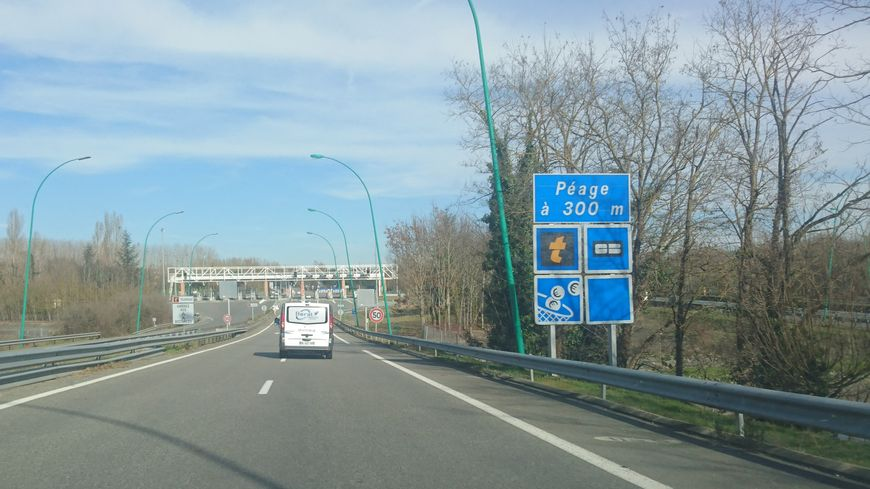 Le petit péage de l'Union, sur l'A68 près de Toulouse.
