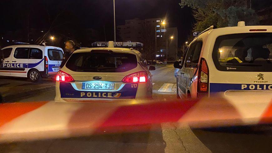 Les policiers sont mobilisés dans le quartier de Planoise à Besançon après des coups de feu.