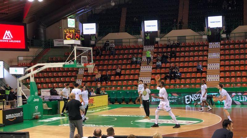 Limoges, Boulazac, joueurs à l'échauffement à Beaublanc