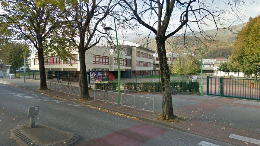 Le lycée Aristide Bergès bloqué depuis ce matin