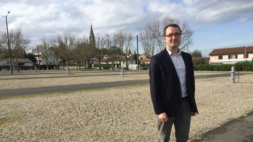 """Alex Jeanneteau, candidat """"sans étiquette"""" aux élections municipales à Bassens."""