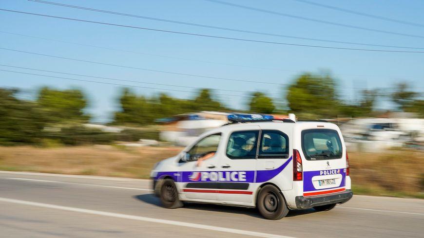 Illustration voiture de police nationale