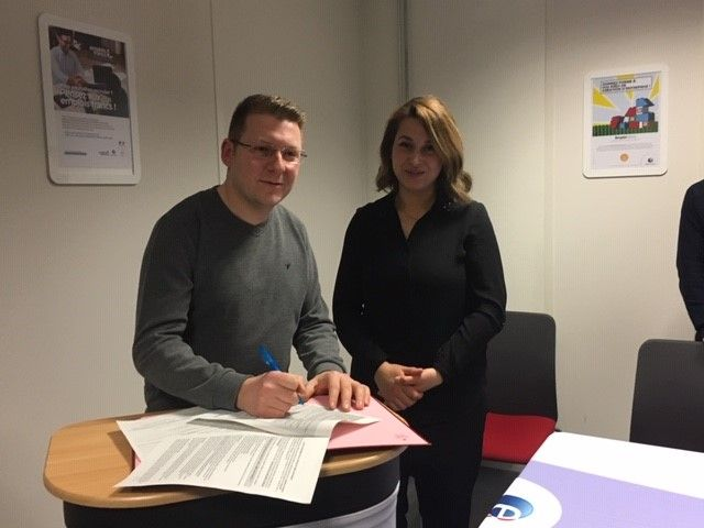 Déhia Khelifi et Ali Tuzen signent ensemble le premier emploi franc