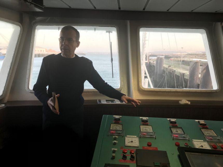 Le vice-amiral d'escadre Philippe Dutrieux, Préfet maritime de la Manche et de la Mer du Nord