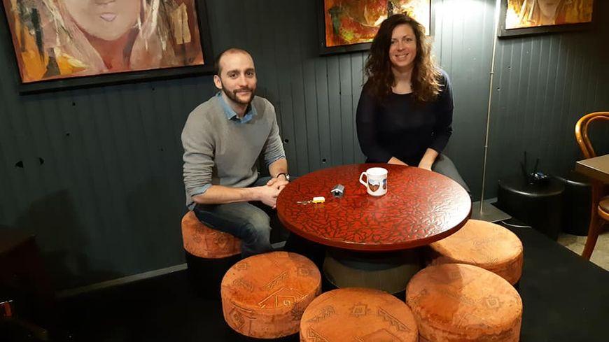 """Thomas Hucteau d'Esprit Combi et Ingrid Streibinger, du bistro créatif """"La Carotte"""" à Mayenne."""
