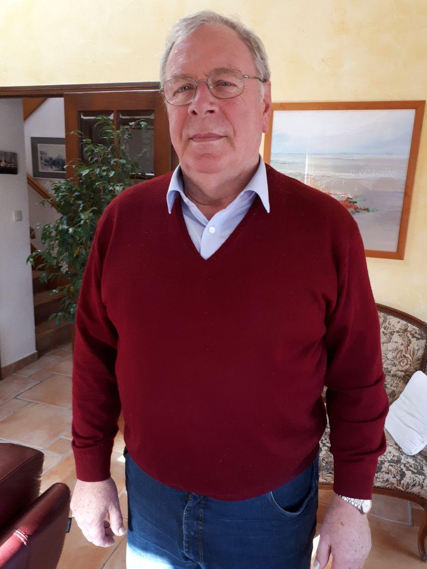 Yves ROULET secrétaire du Club des Exportateurs de l'Isère chargé des relations publiques